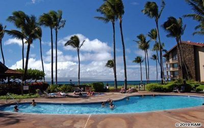 Beautiful Maui Papakea Resort Oceanfront Property
